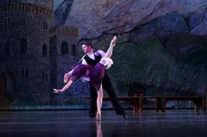 Dustin Kimball and Alison Crosby, Bowen-McCauley Dance Company, Phot by John McCauley
